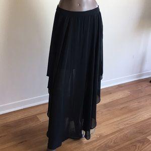 🍏Forever 21 Chiffon open side split maxi Skirt